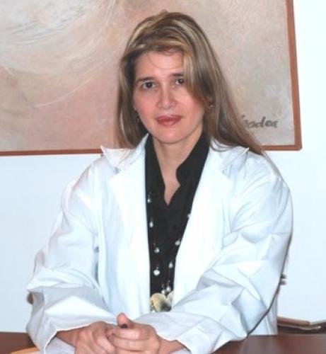 dr-alba-reyes-hair-transplantation